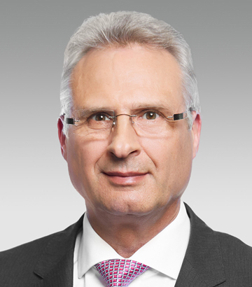 Dr. Hartmut Klusik, Labor Director of Bayer